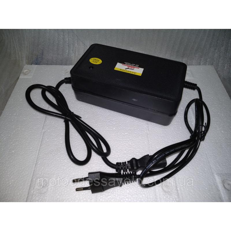 Зарядное устройство 60v 4A для электрического мотоцикла