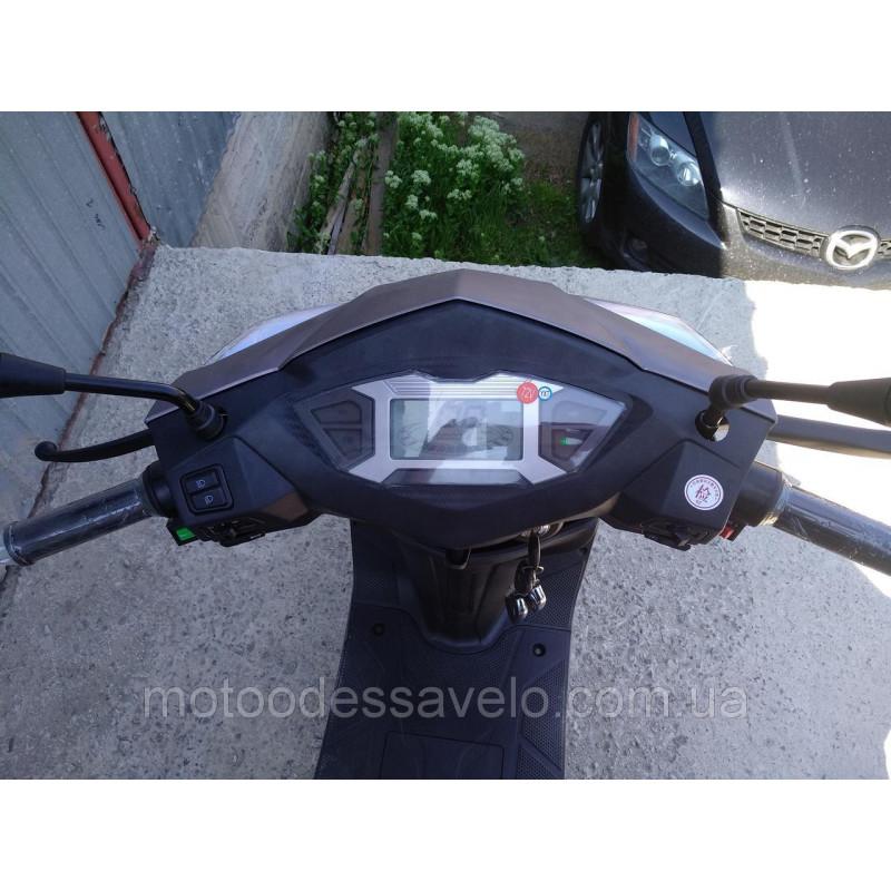 Электроскутер Liberty Spark 1200w 72v